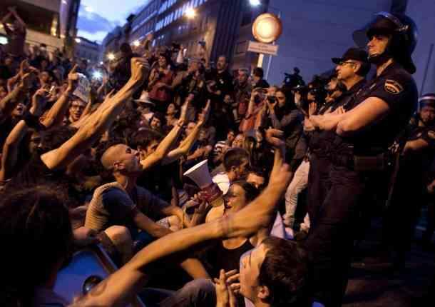Tüntetések - Személyes forradalom a társadalmi változásért