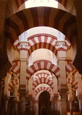 Evreii, musulmanii şi creştinii-Catedrala în Cordoba