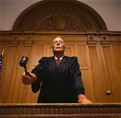 El Origen de la Ley - El Juez